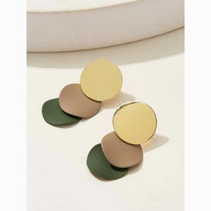 Acrylic 3 Layered Disc Drop Statement Earrings